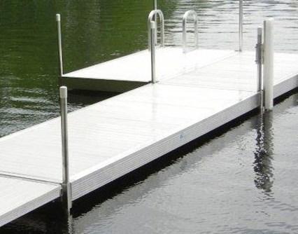 Hewitt docks